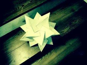 5 tetrahedron constructing a F.I.T. - paper craft technique © Paolo Rudelli